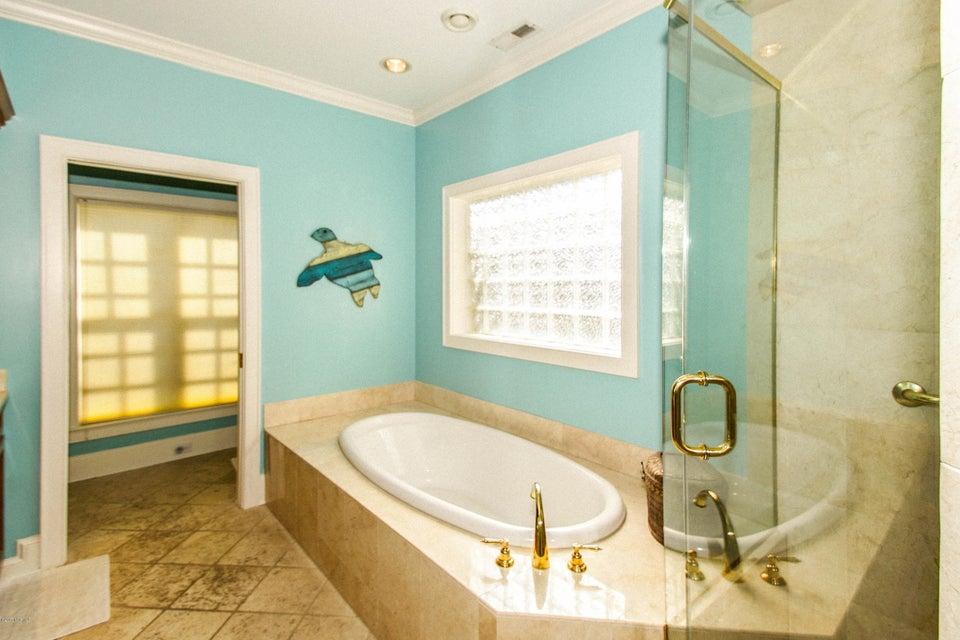 Turtle Creek Real Estate - http://cdn.resize.sparkplatform.com/ncr/1024x768/true/20171106224829166481000000-o.jpg