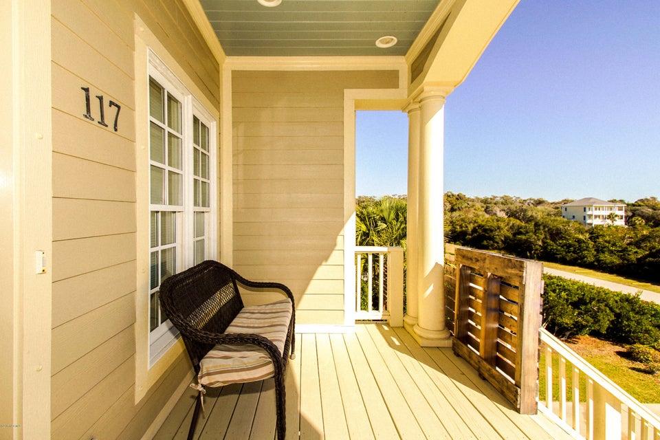 Turtle Creek Real Estate - http://cdn.resize.sparkplatform.com/ncr/1024x768/true/20171106225435740566000000-o.jpg