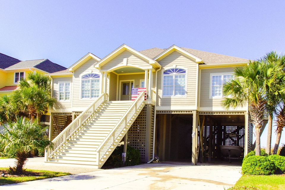 Turtle Creek Real Estate - http://cdn.resize.sparkplatform.com/ncr/1024x768/true/20171106230354293048000000-o.jpg