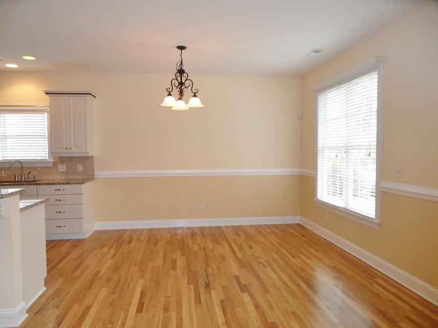 Magnolia Greens Real Estate - http://cdn.resize.sparkplatform.com/ncr/1024x768/true/20171108170235955484000000-o.jpg