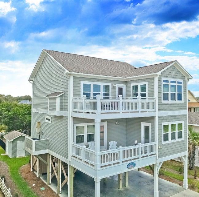 3204 E Beach Drive Oak Island, NC 28465