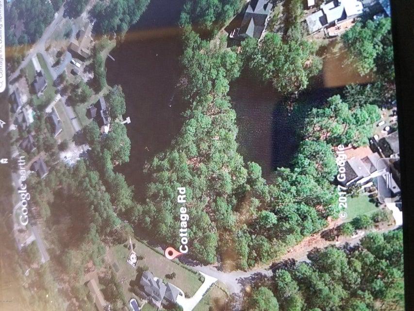 Boiling Spring Lakes Real Estate - http://cdn.resize.sparkplatform.com/ncr/1024x768/true/20171109222125205771000000-o.jpg