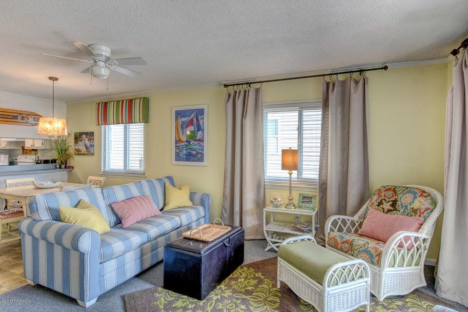 Sand Villas Real Estate - http://cdn.resize.sparkplatform.com/ncr/1024x768/true/20171115141041883121000000-o.jpg