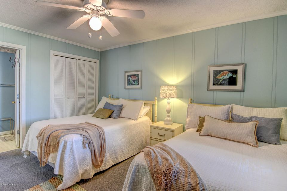Sand Villas Real Estate - http://cdn.resize.sparkplatform.com/ncr/1024x768/true/20171115141105969464000000-o.jpg