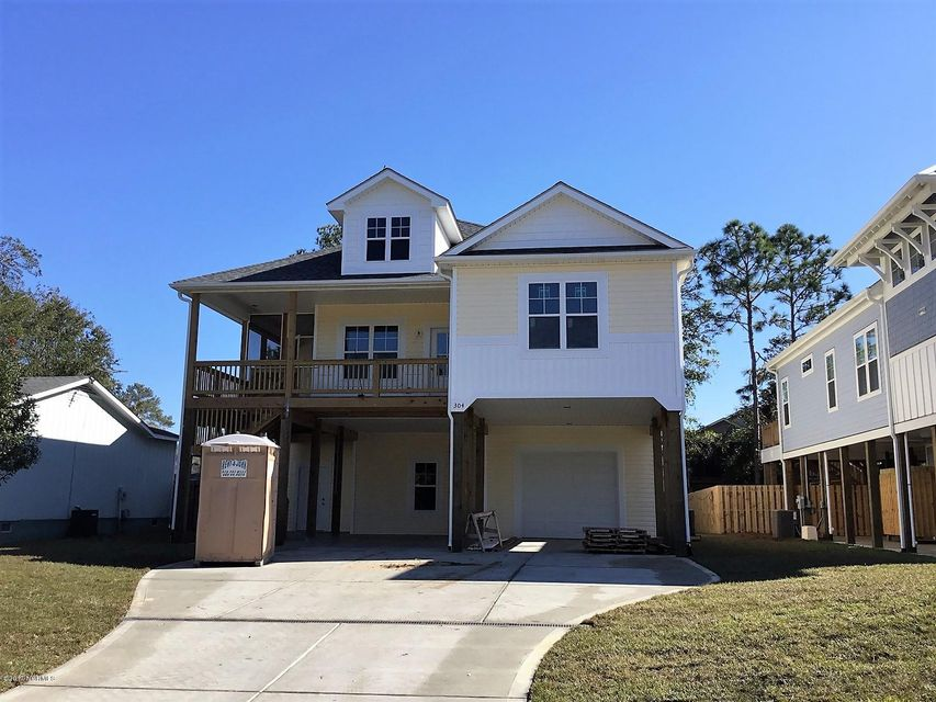 304 NE 48TH Street Oak Island, NC 28465