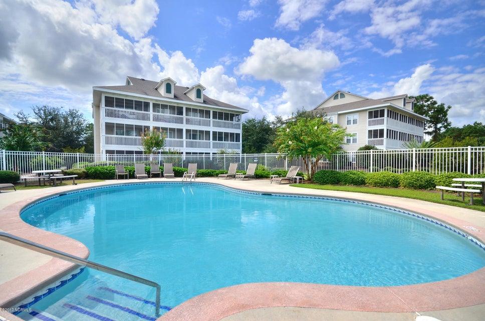 St James Real Estate - http://cdn.resize.sparkplatform.com/ncr/1024x768/true/20171117042932245736000000-o.jpg