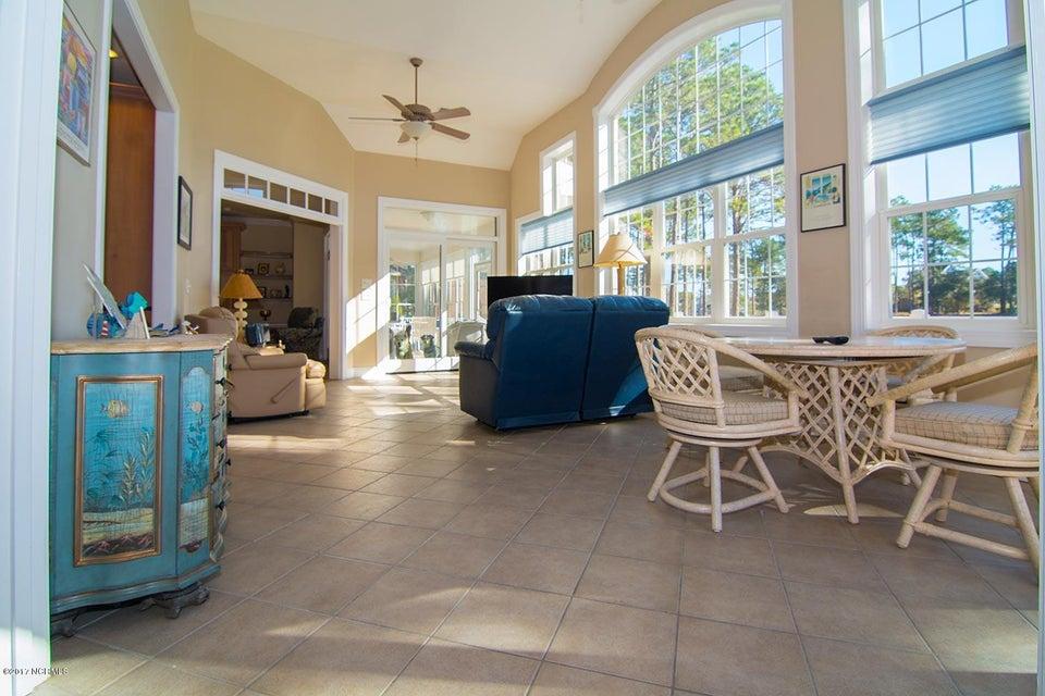 Ocean Ridge Real Estate - http://cdn.resize.sparkplatform.com/ncr/1024x768/true/20171117202234857684000000-o.jpg
