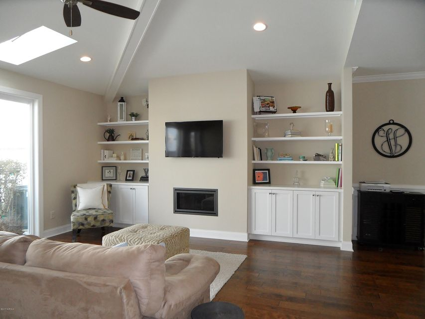Brunswick Forest Real Estate - http://cdn.resize.sparkplatform.com/ncr/1024x768/true/20171120143921496915000000-o.jpg
