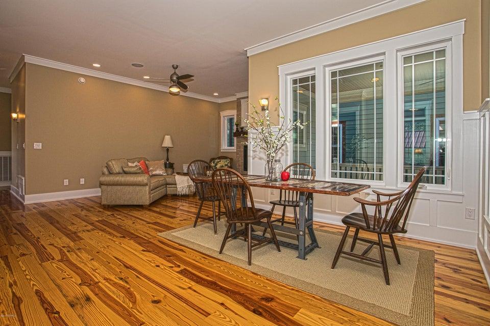 Smith & Weeks Real Estate - http://cdn.resize.sparkplatform.com/ncr/1024x768/true/20171121163700402212000000-o.jpg