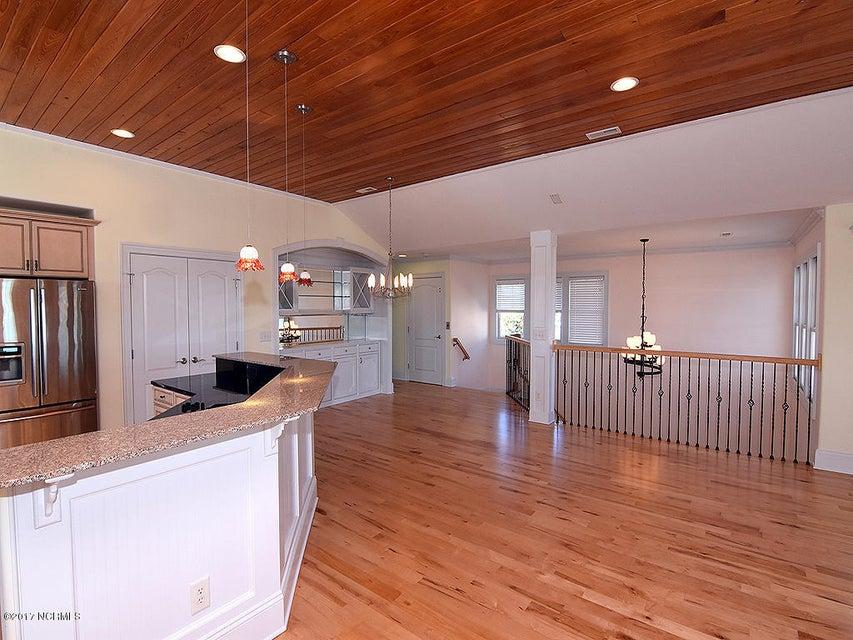 Other Real Estate - http://cdn.resize.sparkplatform.com/ncr/1024x768/true/20171127000330119269000000-o.jpg