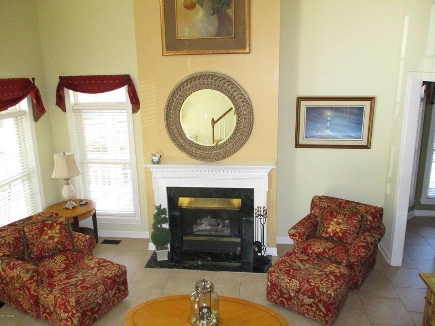 Meadowlands Real Estate - http://cdn.resize.sparkplatform.com/ncr/1024x768/true/20171127192013771824000000-o.jpg