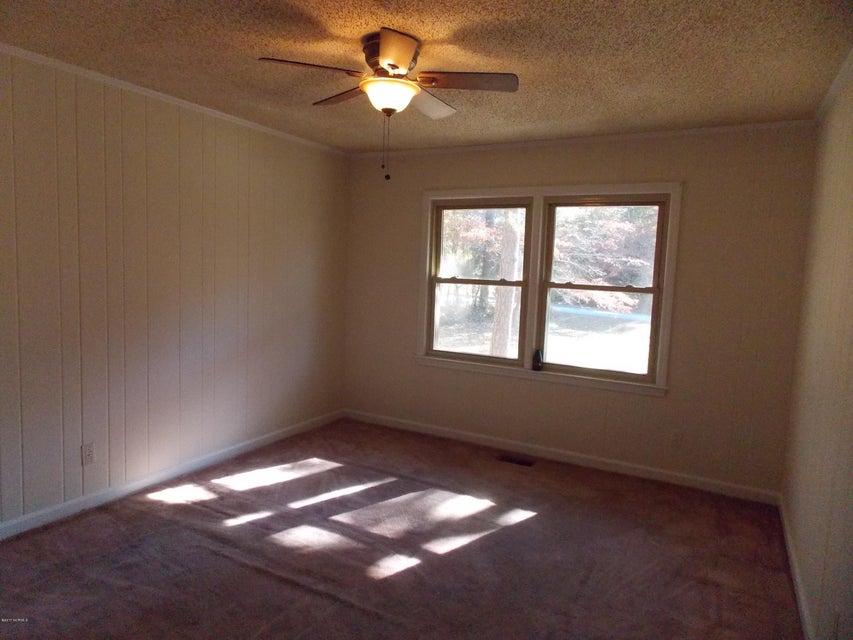 190 Lakeshore Drive,Arapahoe,North Carolina,3 Bedrooms Bedrooms,6 Rooms Rooms,2 BathroomsBathrooms,Single family residence,Lakeshore,100091334