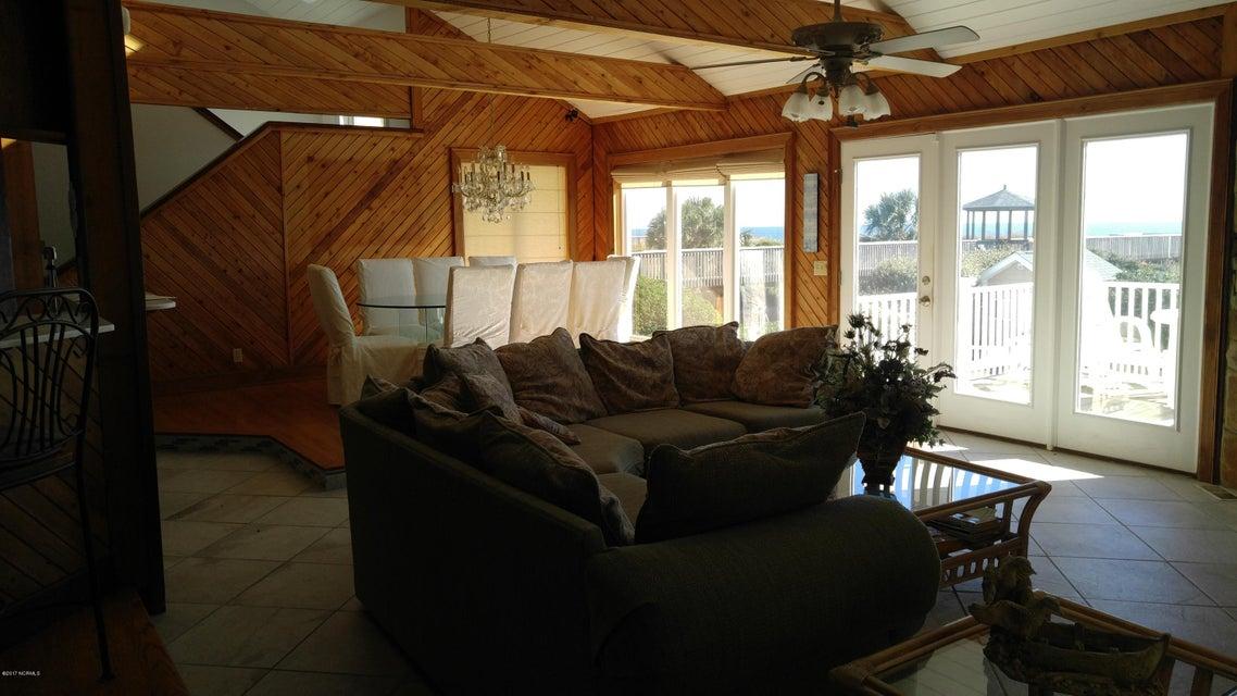 Ocean Isle West Real Estate - http://cdn.resize.sparkplatform.com/ncr/1024x768/true/20171129032507299517000000-o.jpg