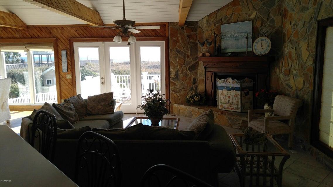 Ocean Isle West Real Estate - http://cdn.resize.sparkplatform.com/ncr/1024x768/true/20171129032526005131000000-o.jpg