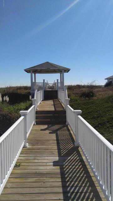 Ocean Isle West Real Estate - http://cdn.resize.sparkplatform.com/ncr/1024x768/true/20171129032924949612000000-o.jpg