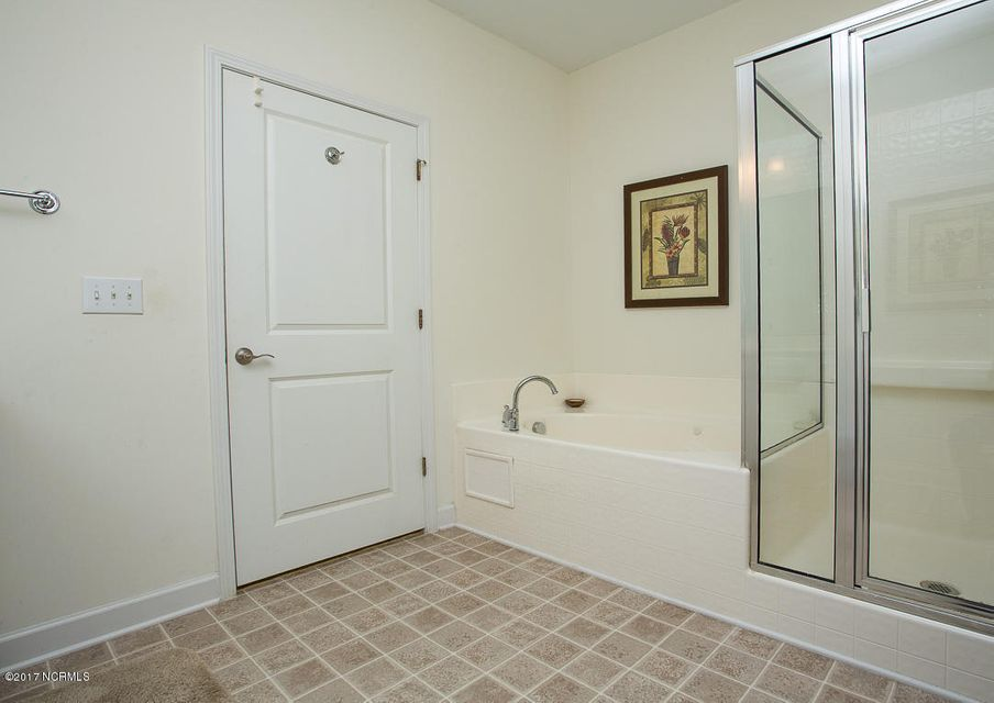 Crow Creek Real Estate - http://cdn.resize.sparkplatform.com/ncr/1024x768/true/20171130185142530004000000-o.jpg