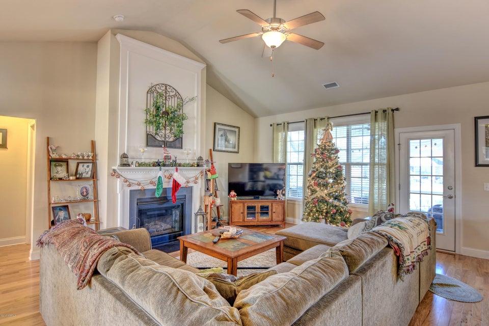 Waterford of the Carolinas Real Estate - http://cdn.resize.sparkplatform.com/ncr/1024x768/true/20171201132620319187000000-o.jpg