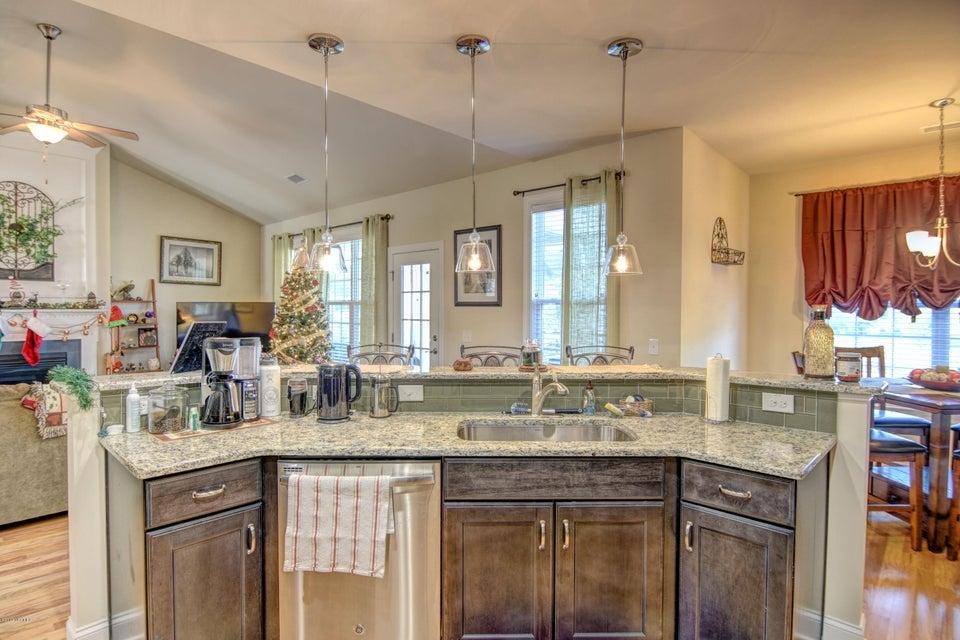 Waterford of the Carolinas Real Estate - http://cdn.resize.sparkplatform.com/ncr/1024x768/true/20171201132651253713000000-o.jpg