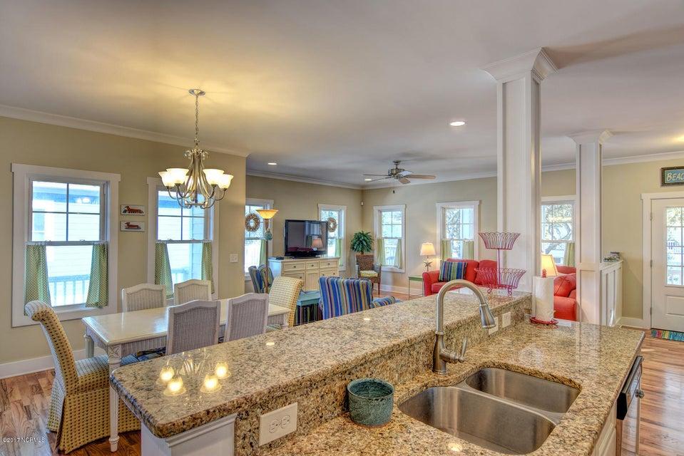 Live Oak Village Real Estate - http://cdn.resize.sparkplatform.com/ncr/1024x768/true/20171201164851933812000000-o.jpg