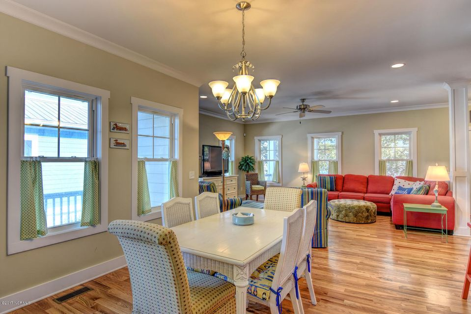 Live Oak Village Real Estate - http://cdn.resize.sparkplatform.com/ncr/1024x768/true/20171201164854712552000000-o.jpg