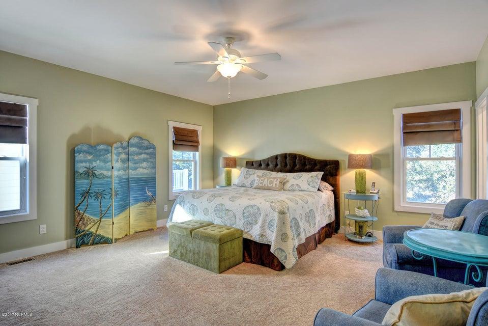 Live Oak Village Real Estate - http://cdn.resize.sparkplatform.com/ncr/1024x768/true/20171201164857253145000000-o.jpg