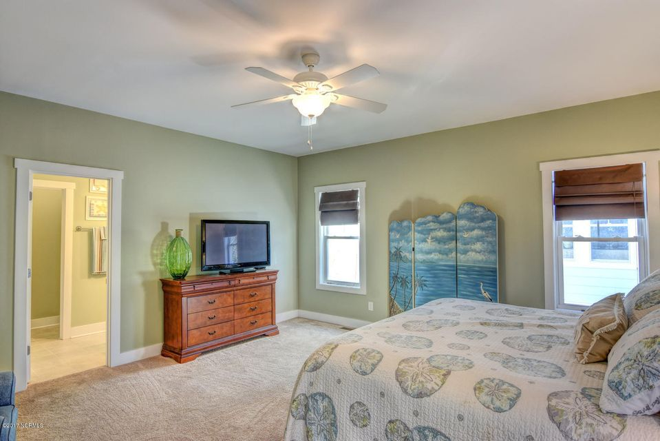 Live Oak Village Real Estate - http://cdn.resize.sparkplatform.com/ncr/1024x768/true/20171201164858446859000000-o.jpg