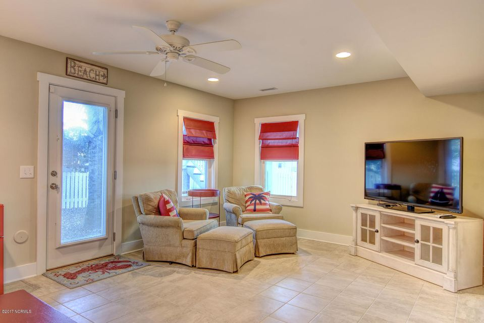 Live Oak Village Real Estate - http://cdn.resize.sparkplatform.com/ncr/1024x768/true/20171201164918383746000000-o.jpg