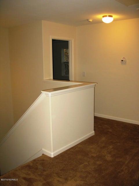 Richmond Hills Real Estate - http://cdn.resize.sparkplatform.com/ncr/1024x768/true/20171201183135554409000000-o.jpg