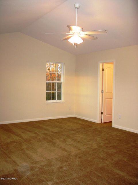 Richmond Hills Real Estate - http://cdn.resize.sparkplatform.com/ncr/1024x768/true/20171201183135653920000000-o.jpg