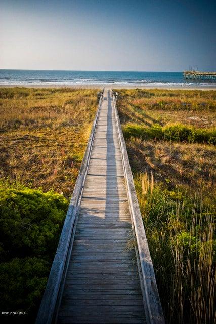 Ocean Ridge Real Estate - http://cdn.resize.sparkplatform.com/ncr/1024x768/true/20171204184343820345000000-o.jpg