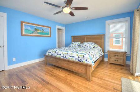 East Beach Real Estate - http://cdn.resize.sparkplatform.com/ncr/1024x768/true/20171207173417522696000000-o.jpg