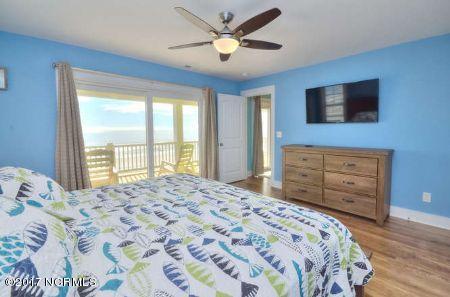 East Beach Real Estate - http://cdn.resize.sparkplatform.com/ncr/1024x768/true/20171207173435373049000000-o.jpg