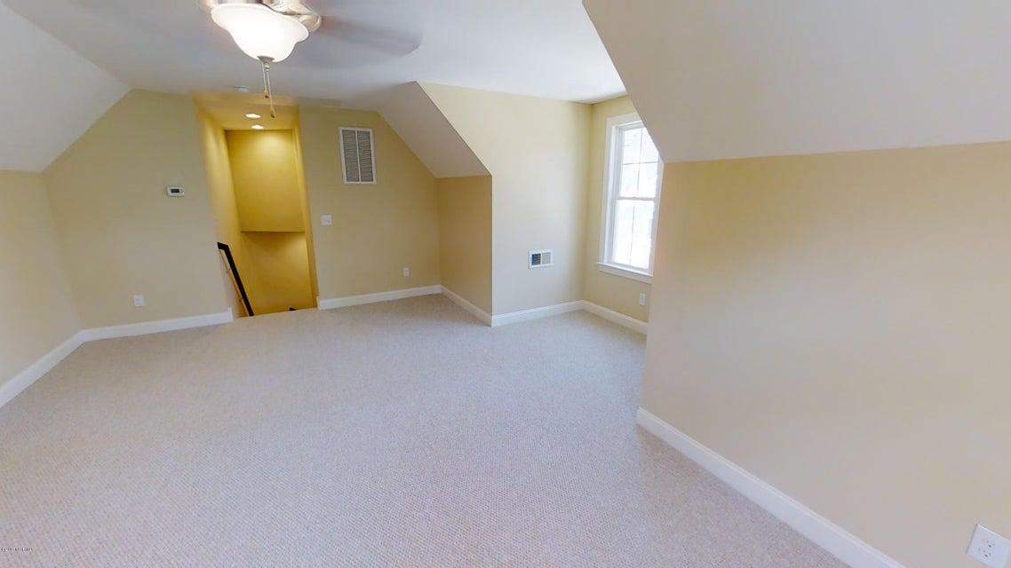 Ocean Ridge Real Estate - http://cdn.resize.sparkplatform.com/ncr/1024x768/true/20171208143414851531000000-o.jpg