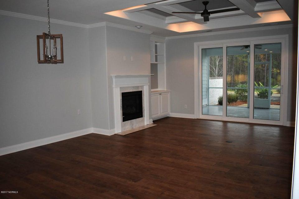 Brunswick Forest Real Estate - http://cdn.resize.sparkplatform.com/ncr/1024x768/true/20171208153244517580000000-o.jpg