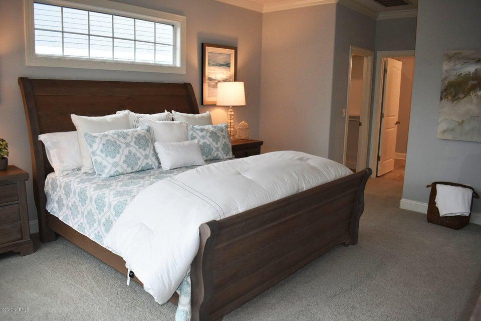 Brunswick Forest Real Estate - http://cdn.resize.sparkplatform.com/ncr/1024x768/true/20171208153810658801000000-o.jpg