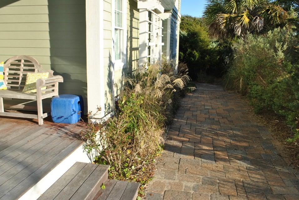 BHI (Bald Head Island) Real Estate - http://cdn.resize.sparkplatform.com/ncr/1024x768/true/20171212151129767921000000-o.jpg