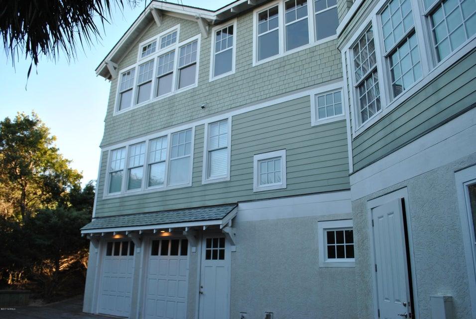 BHI (Bald Head Island) Real Estate - http://cdn.resize.sparkplatform.com/ncr/1024x768/true/20171212151244214277000000-o.jpg
