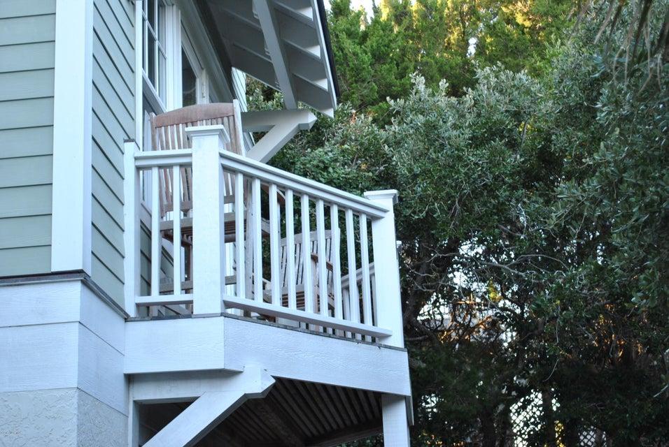 BHI (Bald Head Island) Real Estate - http://cdn.resize.sparkplatform.com/ncr/1024x768/true/20171212151308136925000000-o.jpg