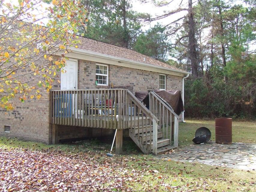 Boiling Spring Lakes Real Estate - http://cdn.resize.sparkplatform.com/ncr/1024x768/true/20171212184955568954000000-o.jpg