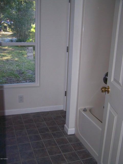 Not In Subdivision Real Estate - http://cdn.resize.sparkplatform.com/ncr/1024x768/true/20171213012843791448000000-o.jpg