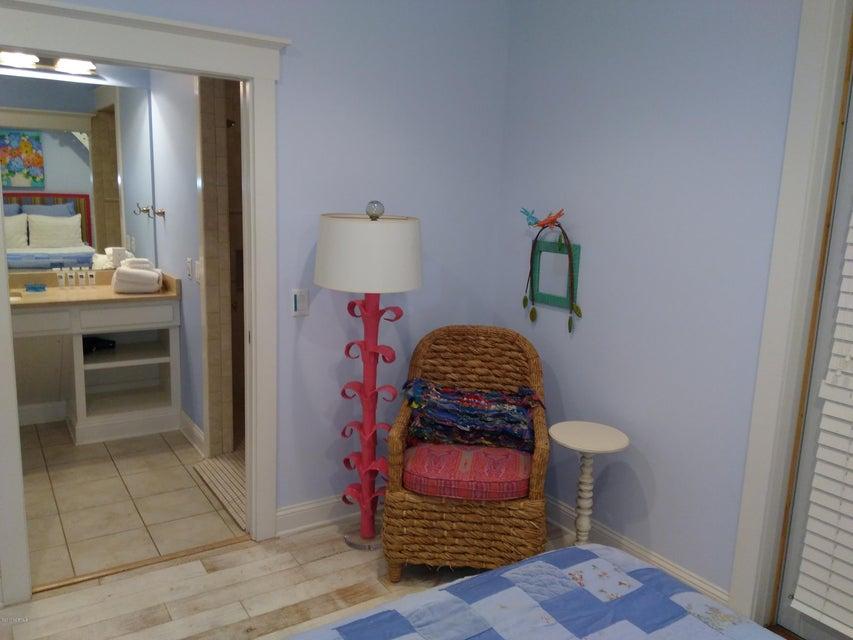BHI (Bald Head Island) Real Estate - http://cdn.resize.sparkplatform.com/ncr/1024x768/true/20171213031508925387000000-o.jpg