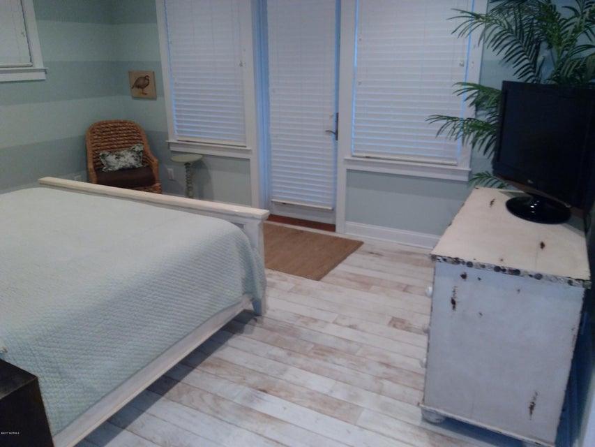 BHI (Bald Head Island) Real Estate - http://cdn.resize.sparkplatform.com/ncr/1024x768/true/20171213031633970215000000-o.jpg