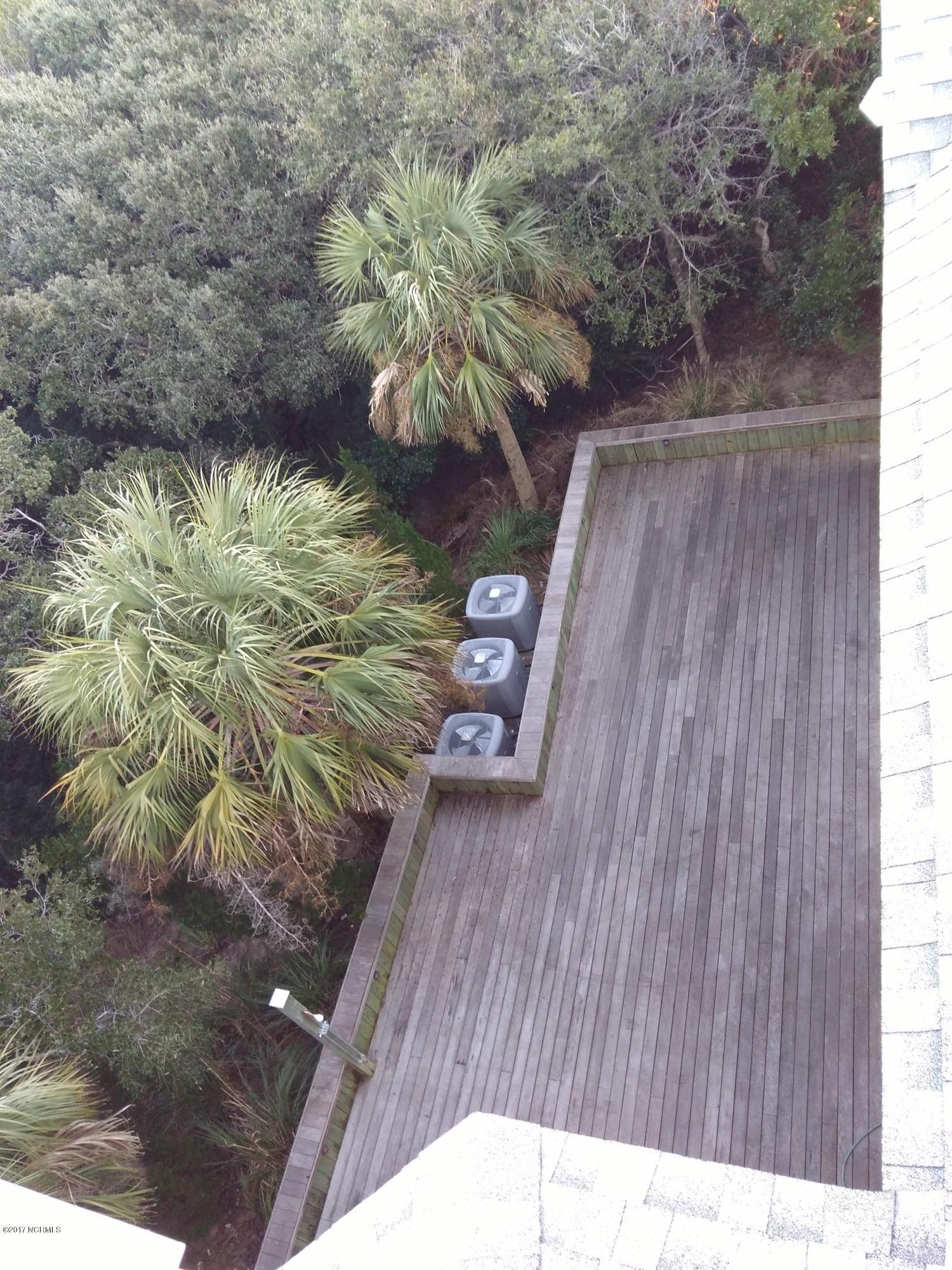 BHI (Bald Head Island) Real Estate - http://cdn.resize.sparkplatform.com/ncr/1024x768/true/20171213032248435128000000-o.jpg