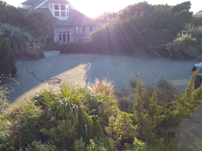 BHI (Bald Head Island) Real Estate - http://cdn.resize.sparkplatform.com/ncr/1024x768/true/20171213033805261049000000-o.jpg