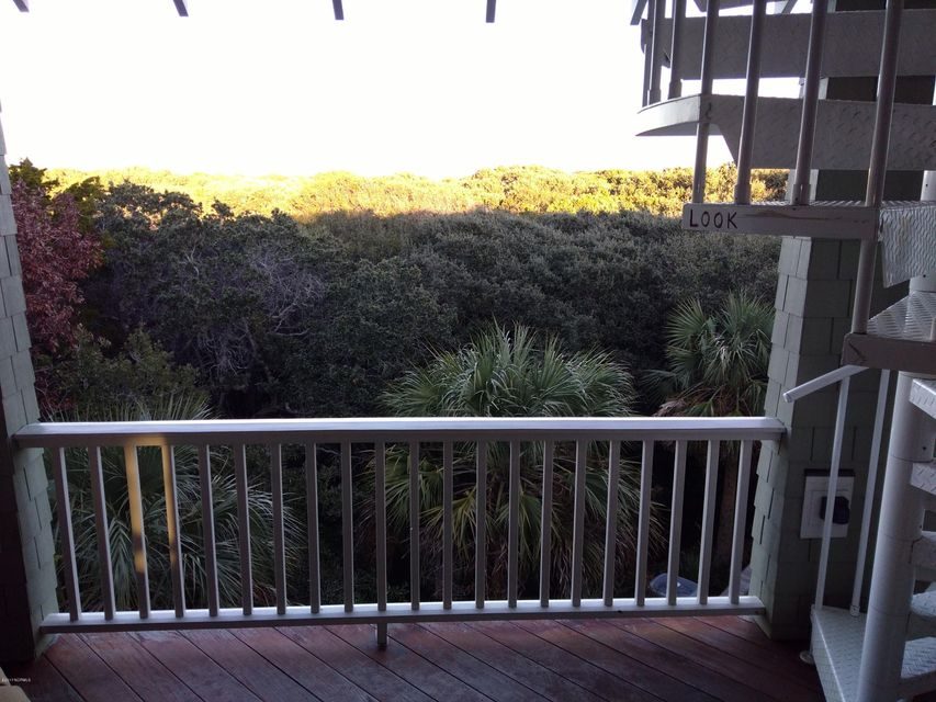 BHI (Bald Head Island) Real Estate - http://cdn.resize.sparkplatform.com/ncr/1024x768/true/20171213034206379159000000-o.jpg