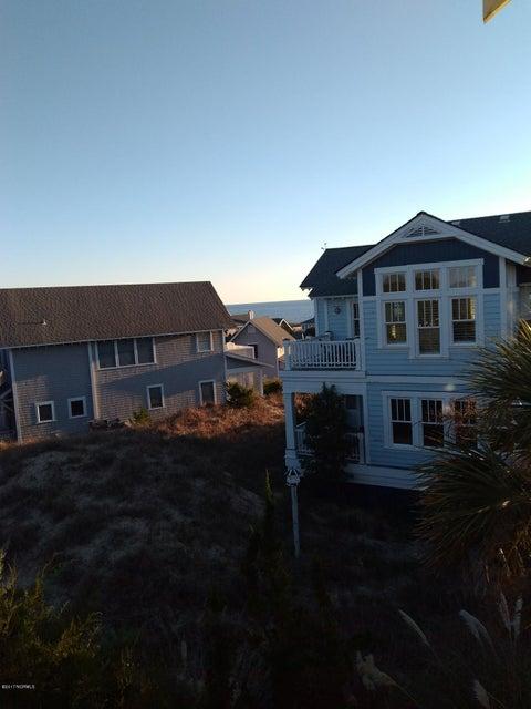 BHI (Bald Head Island) Real Estate - http://cdn.resize.sparkplatform.com/ncr/1024x768/true/20171213034813890451000000-o.jpg