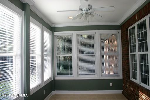 St James Real Estate - http://cdn.resize.sparkplatform.com/ncr/1024x768/true/20171213161859501105000000-o.jpg