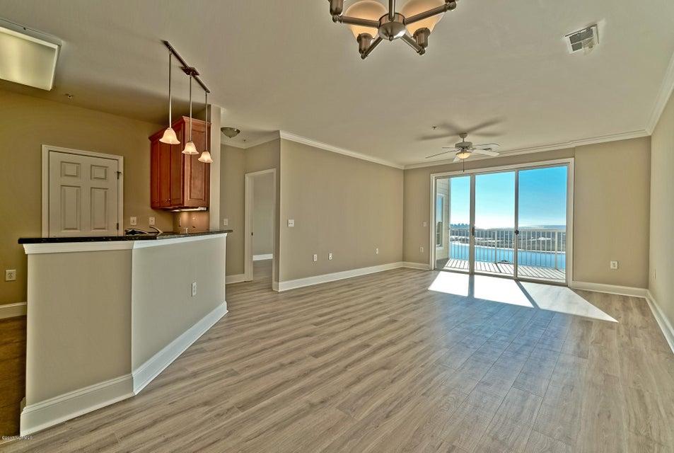 Seaside Landing Real Estate - http://cdn.resize.sparkplatform.com/ncr/1024x768/true/20171213195606801030000000-o.jpg