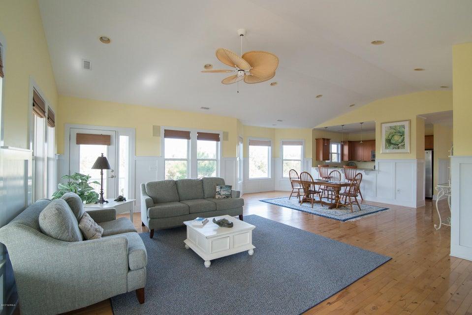 South Harbour Village Real Estate - http://cdn.resize.sparkplatform.com/ncr/1024x768/true/20171214141909348884000000-o.jpg