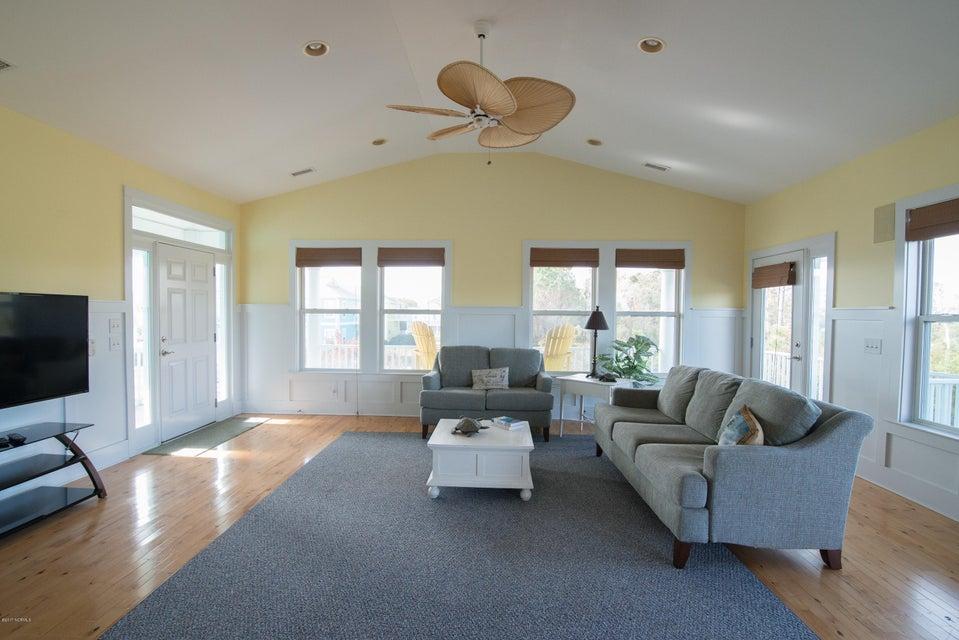 South Harbour Village Real Estate - http://cdn.resize.sparkplatform.com/ncr/1024x768/true/20171214141916932716000000-o.jpg